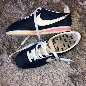Nike Olivia Kim CORTEZ Sneakers Shoes